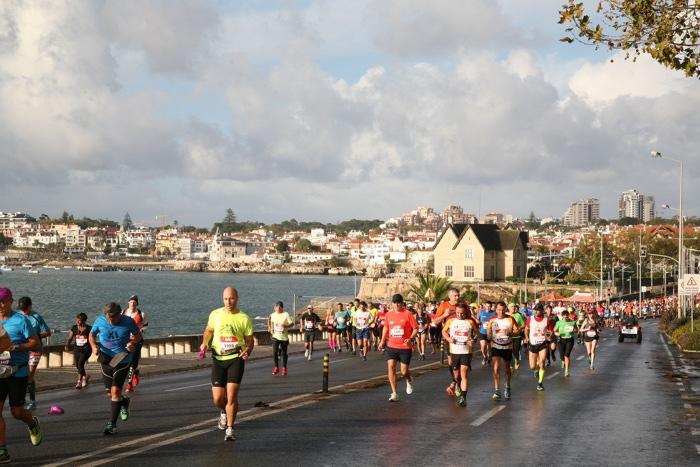 marathon van lissabon kust runners
